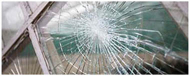 Thorpe Smashed Glass